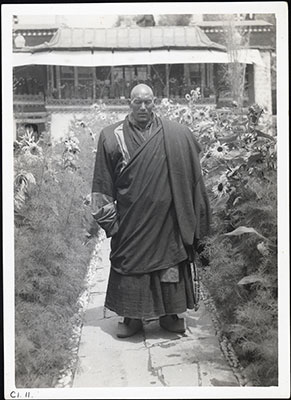 Monk attendant to Reting Rinpoche