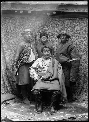Wealthy trader from Eastern Tibet with servants