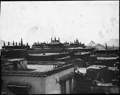 Lhasa with view of Jokhang roofs