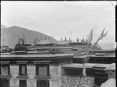Roof of Jokhang, Lhasa