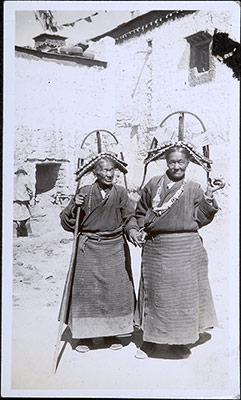 Two women with Gyantse headresses
