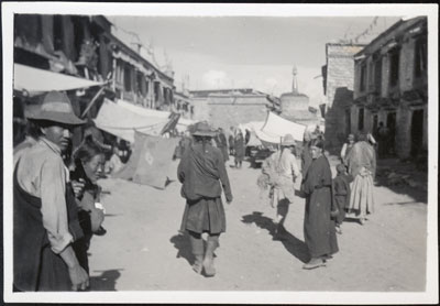 Street in Lhasa near Barkhor
