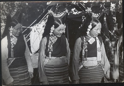Three 'Chang Girls' at Dekyi Lingka