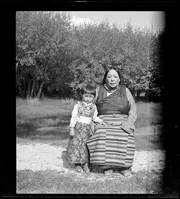 Lhalu Lhacham and her granddaughter