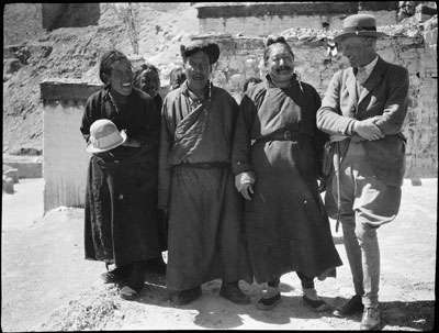 Dean and the Dzongpon of Gyantse