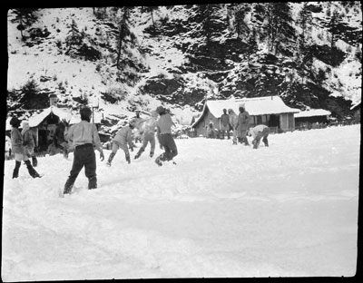 Sikh troops snowballing in Yatung