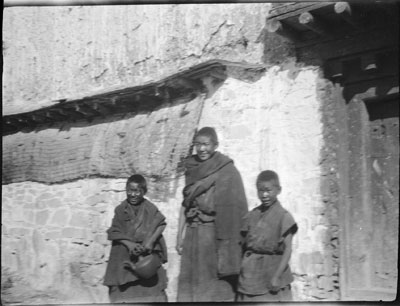 Young monks at Palkhor Chode