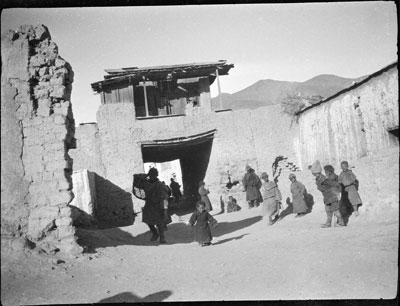 Chinese Gate in Gyantse