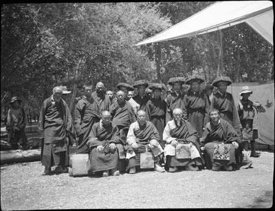 http://tibet.prm.ox.ac.uk/photos/opt/400/BMH.M.29.1-O.jpg