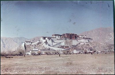Potala at the time of the Sertreng ceremony