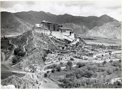 Potala south face from Chakpori